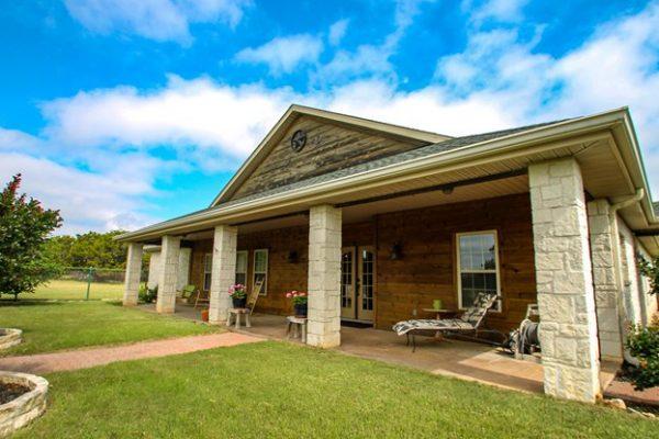 40 W Lacey Oak Pkwy, Kerrville, TX