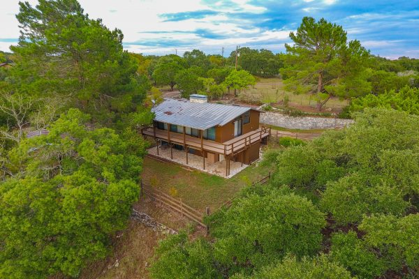 99 Indian Creek Loop, Kerrville TX