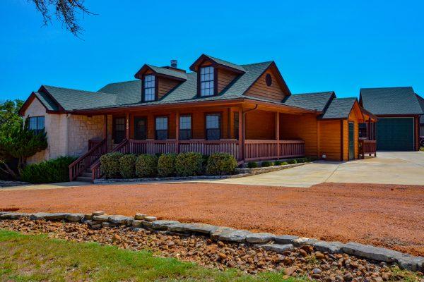 160 Rhum Rd, Kerrville, TX