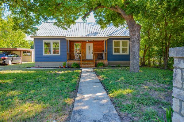 225 Palmer St, Kerrville TX