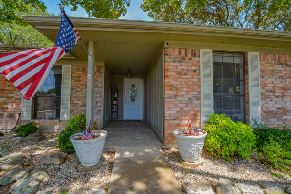 2401 Trails End, Kerrville TX